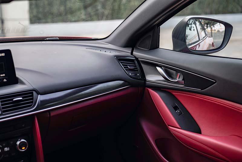 新款马自达CX-4官图发布 设计语言更鲜明