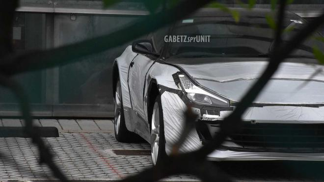 法拉利首款SUV谍照再曝光2022年底正式发布