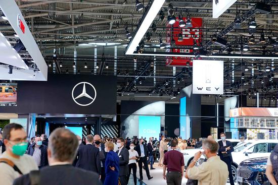 中国汽车出口实现逆势增长    国际竞争力逐步增强