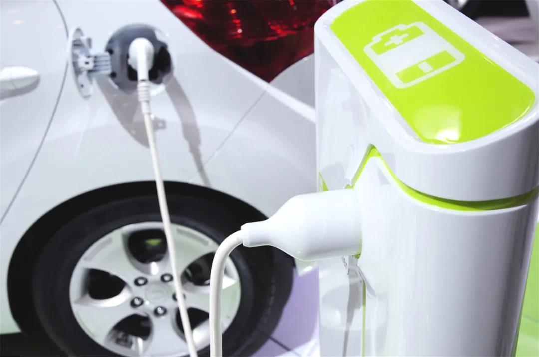 主流车企相继发布电动化战略   丰田汽车炮轰纯电动